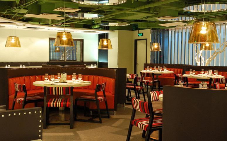 客户名称:湘鄂情源 服务内容:企业形象设计,中餐空间设计,中式慢餐厅