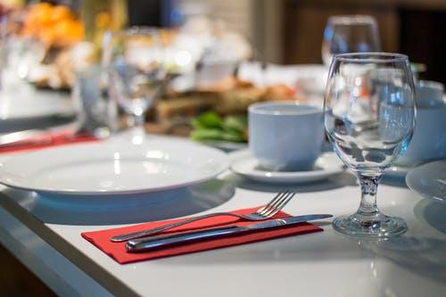 人才是餐厅经营的核心_餐饮品牌设计
